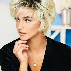 Short Wavy Straight Synthetic Wig Basic Cap For Women
